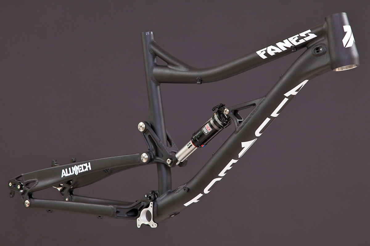 Fanes 4.0 frame black powdercoated