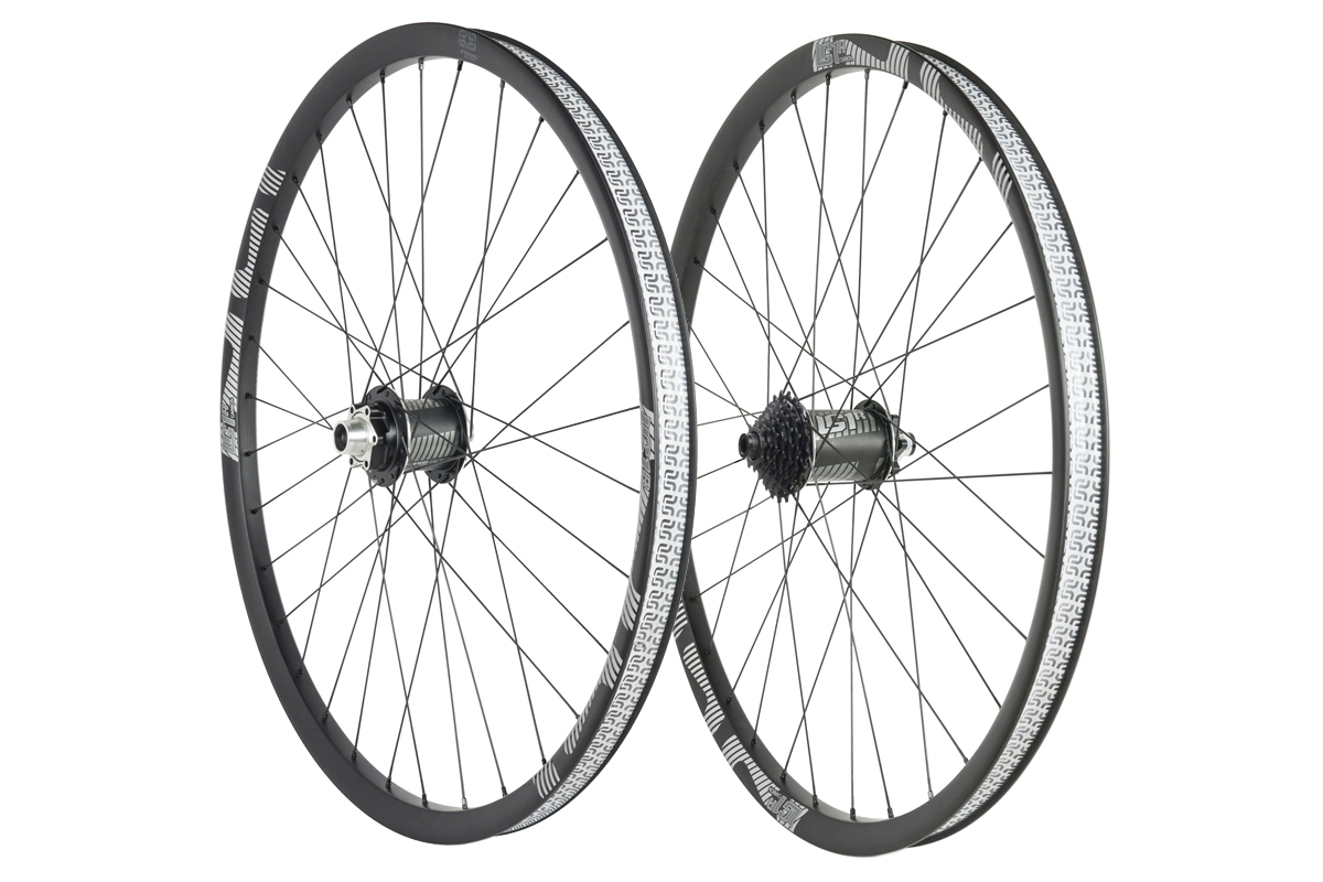 e*thirteen LG1 Carbon wheel set 29, black (20x110 / 12x148mm incl. 7-speed 9-21T cassette)