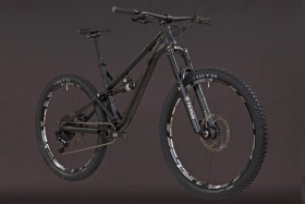Alutech ICB 2.0 Komplettbike Limited Black Edition...