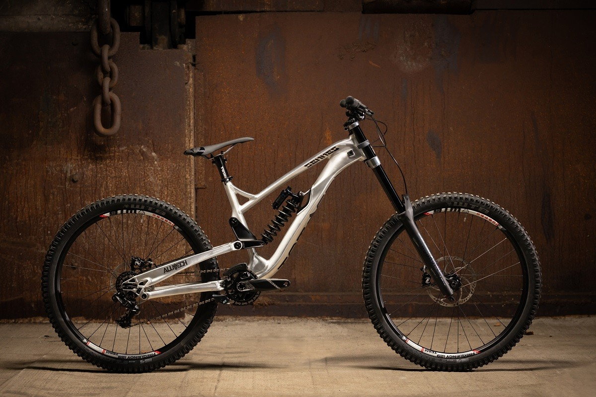 Sennes 3.0 DH TrackReady [TR] bike 27,5